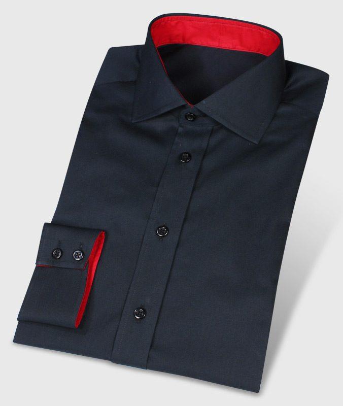 Schwarzrotes Hemd