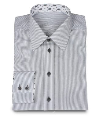 Casual shirt lined with pattern fabric