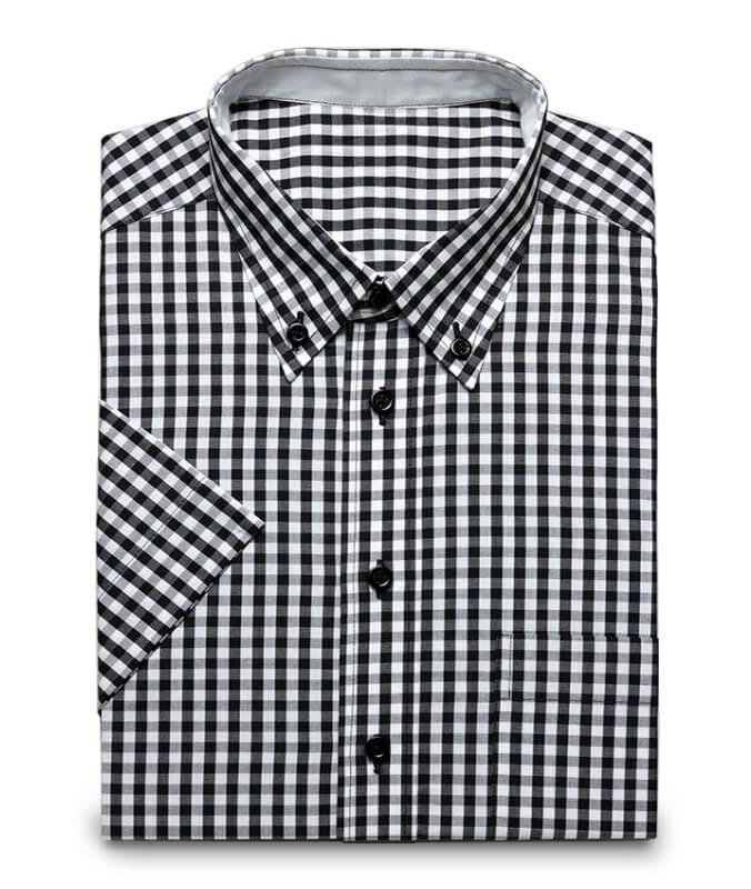 Schwarz kariertes Hemd mit Buttondownkragen