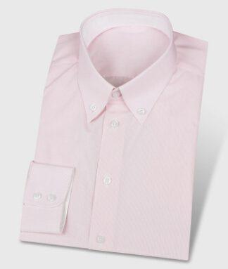 Buttondownhemd in rosa mit weißen Kontrastfarben