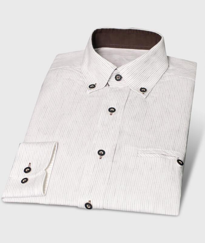 Leinenhemd als echte Alternative zum weißen Baumwollhemd